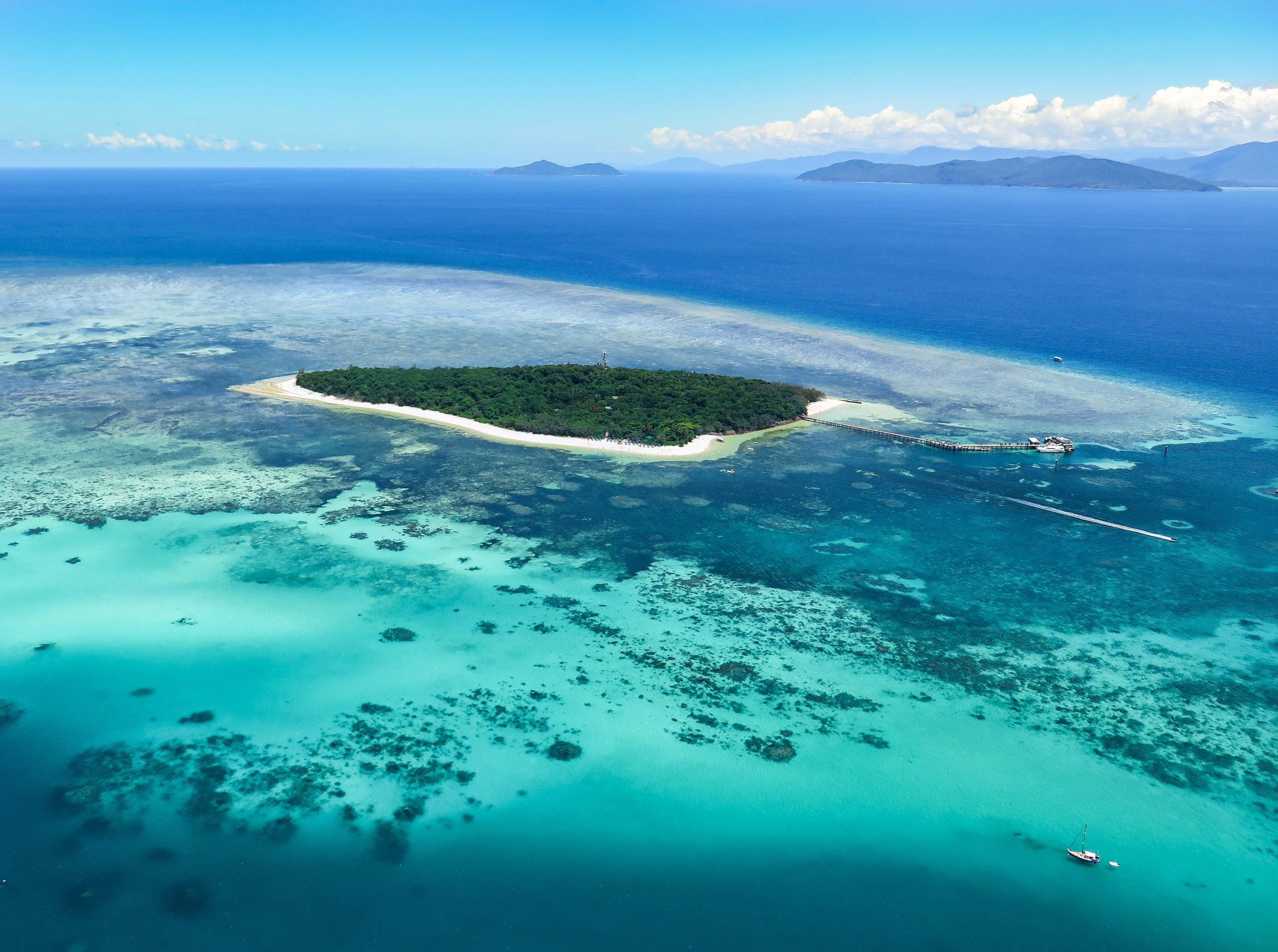 cairns helicopters with Greatbarrierreef on Greatbarrierreef furthermore Gbr Helicopter also Helicopter Flights Cairns in addition Registered Columbia Helicopters Usa likewise ox Valley.