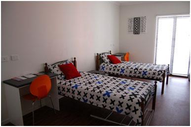 <p>お部屋の種類も豊富なので スタイル・ご予算にあわせて、あなたにピッタリのお部屋を選んでいただけます。 また、生活に必要なものはすべて揃っているので カバン一つで新生活をスタート出来ます。</p>