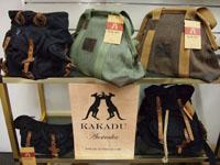 <p>オーストラリアブランド、Kakaduの可愛いバッグです。 革のカーボーイハットも多数あります。</p>