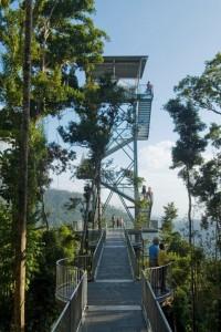 <p>地上高さ37mにそびえ立つマムータワーなど 見所は盛り沢山。</p>