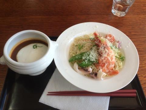 <p>濃厚な味が後を引くロブスタービスクのつけ麺は$16.90</p>
