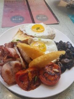<p>朝からガッツリのオーストラリアの人たちに人気の朝食。</p>